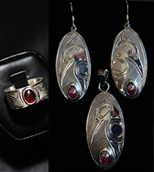 Earrings, Pendant & Ring<br />Justin Rivard
