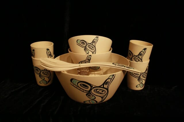 Bamboo Salad Bowl Set with Whale design